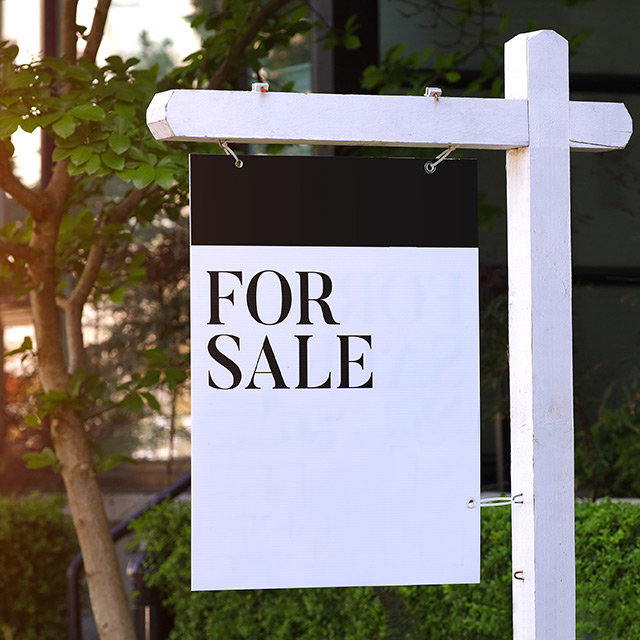 For sale sign - Nashville real estate law and title services